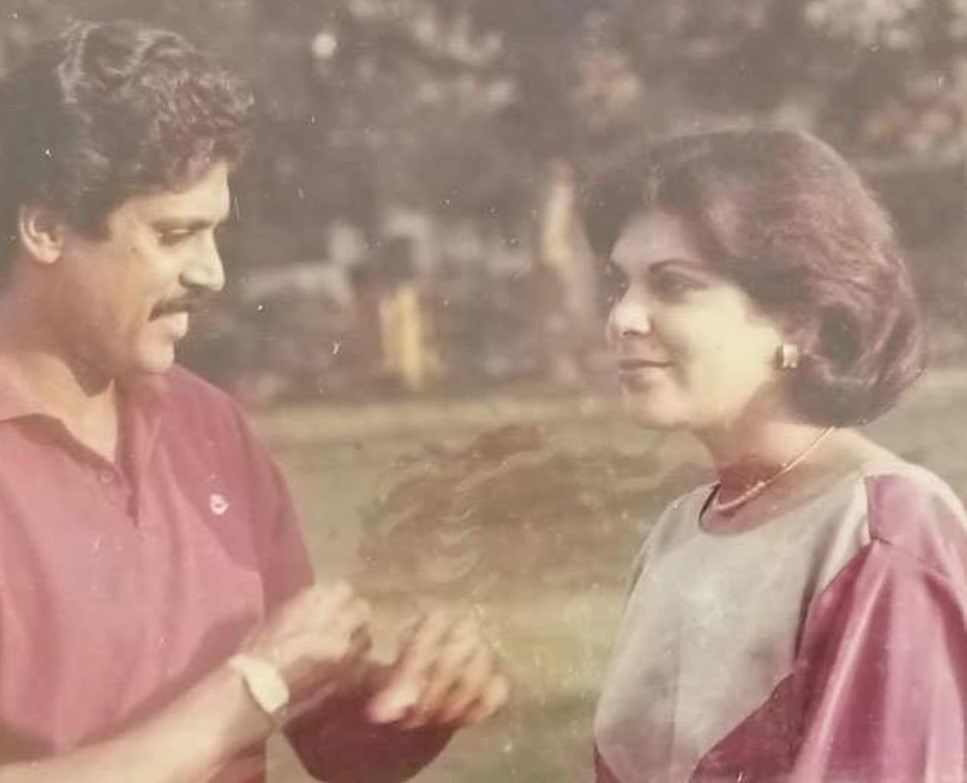 A moment of love between Kapil Dev and Romi Bhatia