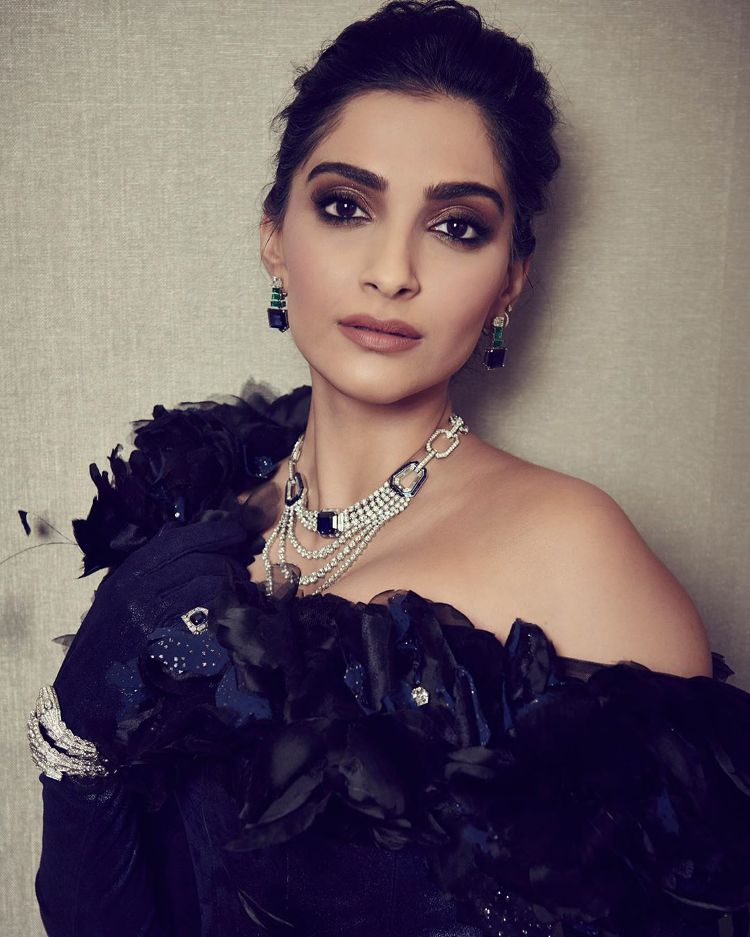 Sonam Kapoor's Latest Look is An Ode To The 60s