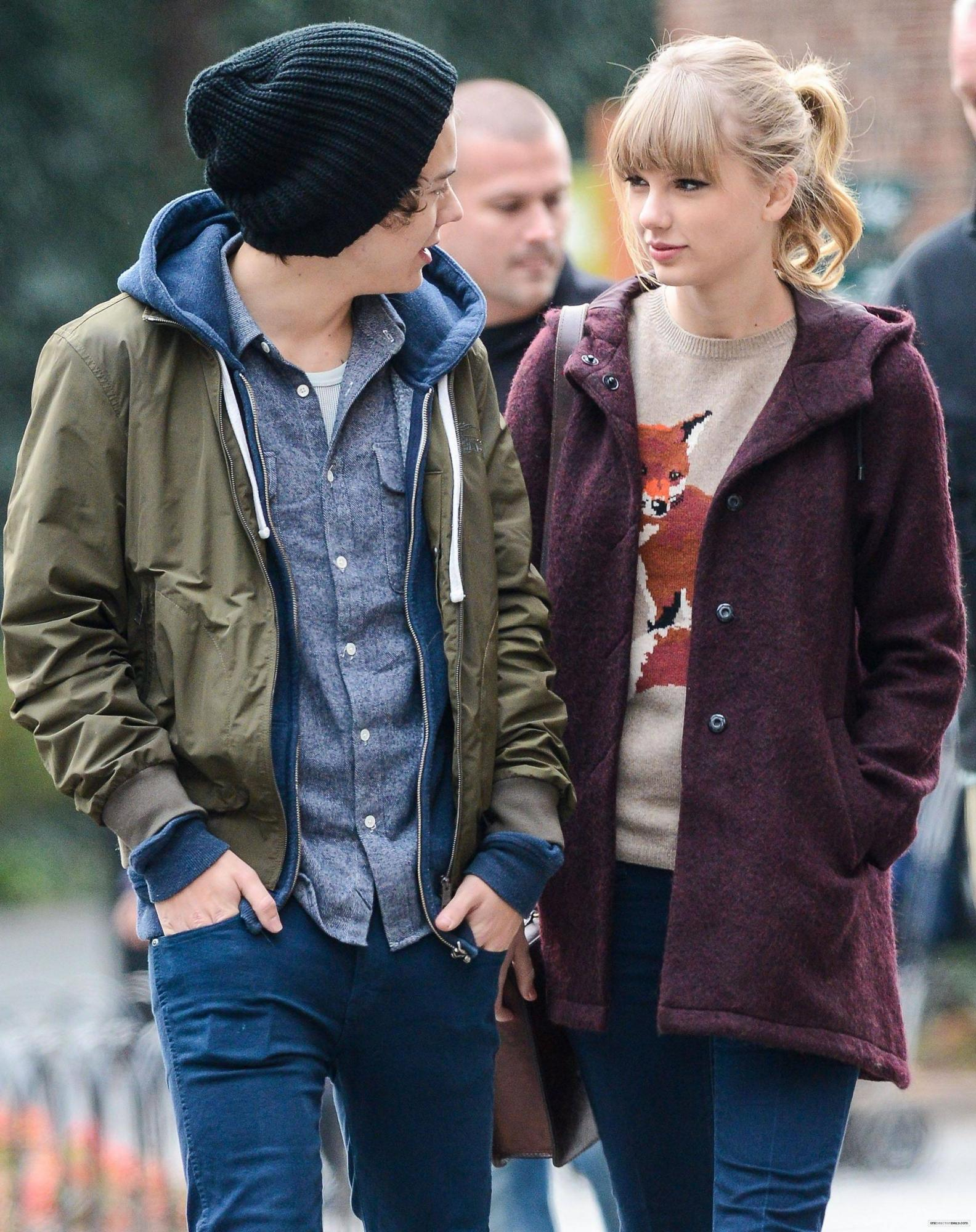 Harry Styles Defends Ex Taylor Swift Once Again Masala Com