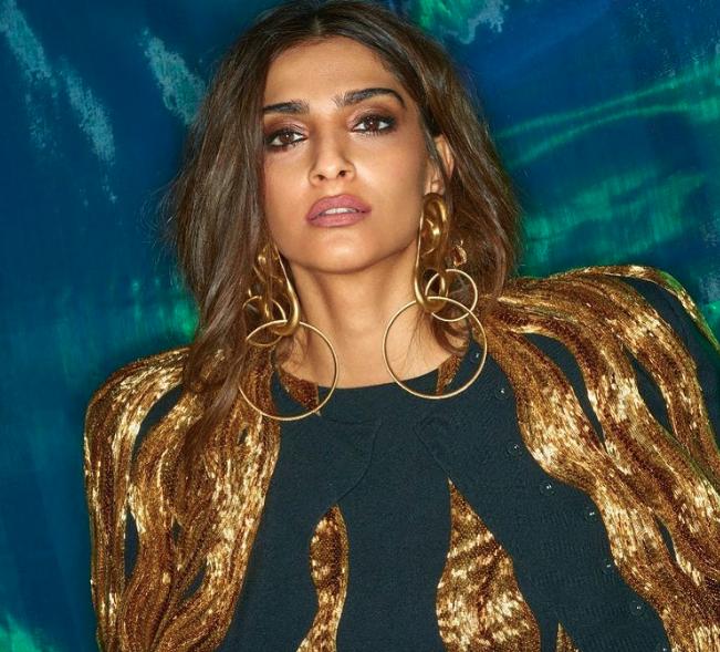Sonam Kapoor confirms she's NOT pregnant
