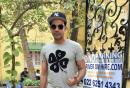 Star Spotting: Aamir Khan With Young Fans, 'Gully Boy' Ranveer and Shah Rukh Khan Snapped!