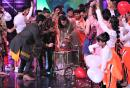 Kareena Kapoor Khan's Birthday Arrives Early On Sets Of Dance India Dance
