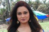 Padmini Kolhapure takes singing lessons