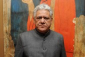 Om Puri apologises for calling politicians 'uneducated'