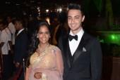 Hrithik Roshan, Karisma Kapoor, Anil Kapoor and Sonakshi Sinha at Arpita Khan's Wedding Reception