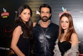 Arjun Rampal Livid at Rumours of His Holiday With Sussanne