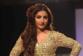 'One Should Throw a Tantrum At These Fashion Events, They Are Always Running Late': Soha Ali Khan