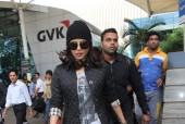 Quantico Star Priyanka Chopra Flaunts Hollywood Style at the Airport