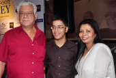 Om Puri and Wife Nandita Puri Opt For Judicial Separation After 26 Years of Marriage!