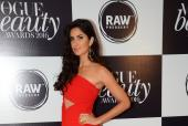 Katrina Looks Ravishing In Red At The Vogue Beauty Awards