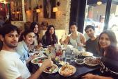 Katrina Kaif, Sidharth Malhotra, Alia Bhatt, Varun Dhawan, Parineeti Chopra and Aditya Roy Kapur Share a Hearty Meal!