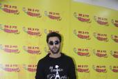 Star Spotting: Ranbir Kapoor, Shahid Kapoor and Farhan Akhtar