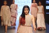 Fashion Faux Pas at Lakme India Fashion Week 2017