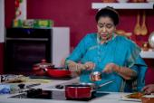 Asha Bhosle to Host Food Show for UAE Audiences
