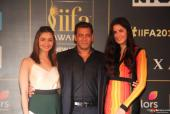 Watch: Salman Khan and Katrina Kaif's Sizzling Chemistry at the IIFA Press Conference