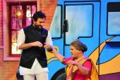 Saif Ali Khan, Bollywood's Nawab Has Fun On 'Drama Company' As He Promotes 'Chef'