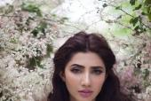 Listen Up! Mahira Khan Has an Important Message as Pakistan's Brand Ambassador For L'Oréal