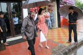 Star Spotting: Khushi Kapoor Steps Out in the Rain, Ranbir Kapoor Returns From Bangkok and More!