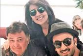 The Kapoor Family Rallies Around Rishi Kapoor as He Begins Treatment