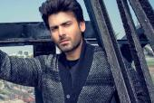 Fawad Khan Sings His New Song 'Uth Jaag' At Pepsi Battle Of the Bands Grand Finale