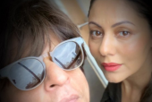 Shah Rukh Khan's Sweet Message for His Wife Gauri Khan on World Theater Day