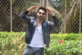Star Spotting: Varun Dhawan's 'First Class', Kangana Ranaut Glows In Green and Janhvi Kapoor Papped!