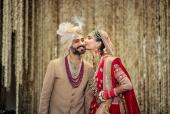 Sonam Kapoor Leaves Adorable Message on Anand Ahuja's Throwback Picture