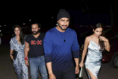 Malaika Arora and Arjun Kapoor Twin in Blue; Party Hard with Kareena Kapoor Khan and Saif Ali Khan