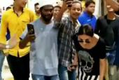 Malaika Arora Mobbed by Fans, Video Gone Viral