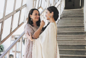 Alia Bhatt's Resemblance to Soni Razdan - Fan's Can't Keep Calm