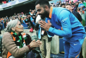Virat Kohli's Picture With an 87-Year Old Cricket Fan is Winning Hearts All Over Social Media