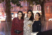 Karisma Kapoor's Latest Pic is Giving Us Major Squad Goals