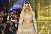 Deepika Padukone Turns Showstopper For Abu Jani Sandeep Khosla