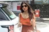 Shilpa Shetty Kundra Spotted Out For Lunch With Family