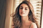 Alia Bhatt Promotes Sustainable Fashion via Wardrobe Sharing