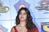 Janhvi Kapoor Rocks a Casual Look for a Dinner Date