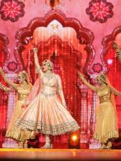 IIFA Awards 2018 Highlights: Rekha's Nostalgic Performance, Late Veteran Actress Sridevi and Actor Irrfan Khan Win Big and More!