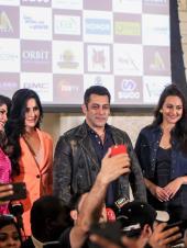 Dabangg - The Tour: Salman Khan, Katrina Kaif, and More Arrive in Dubai for the Reloaded Tour!