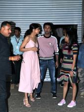 Star Spotting: Deepika Padukone-Ranbir Kapoor Hang Out, Siddharth Malhotra Promotes 'Marjaavaan', and Sanjay Dutt Papped!