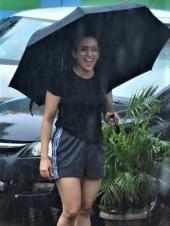 Mumbai Rains Did Not Rain On Sanya, Ananya And Rakul's Plans