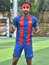 Ranbir Kapoor Plays Soccer In The Perfect Mumbai Weather