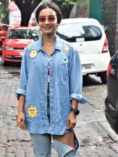 Patralekha Rocks Denim Look With Ease