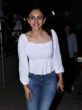Rakul Preet Singh Looks Gorgeous As She Steps Out In Casuals