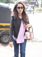 Madhuri Dixit is an Elegant Beauty in Her Latest Casual Look!