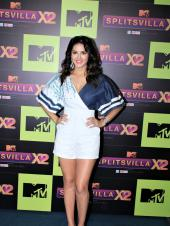 Sunny Leone Raises Temperature at a Press Meet; Her Toddlers Spotted at Playschool
