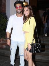 Kriti Kharbanda Spotted With Pulkit Samrat And Friends For Her Birthday