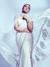 Sonakshi Sinha Show Us Six Ways To Nail Boring White Outfit