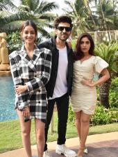 Kartik Aaryan, Bhumi Pednekar And Ananya Panday Are Stunning During Promotions