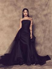 From Kareena Kapoor Khan To Deepika Padukone: Bollywood's Biggest Fashion Moments Of 2019