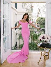 Priyanka Chopra, Ananya Panday and Others Prove Pink is the New Black